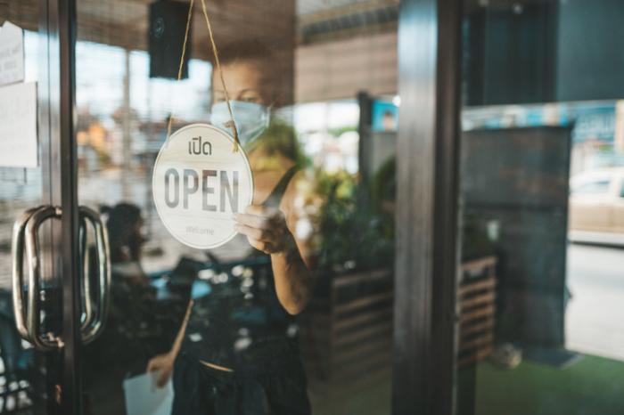 Your Favorite Store or Restaurant Is Open. Is it Safe to Go In?