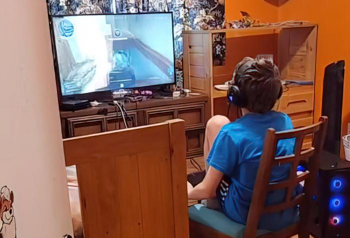The 11-year old gamer whose sister posted a video of his conversation with a homophobic gamer.