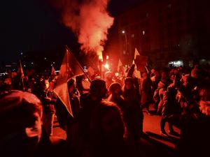 Police Block Warsaw March Against Abortion Ruling, Force Use
