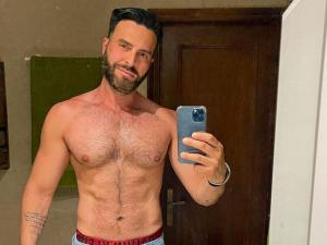 Media Personality Francisco León Comes Out While Throwing Shade at Mister Venezuela Contest